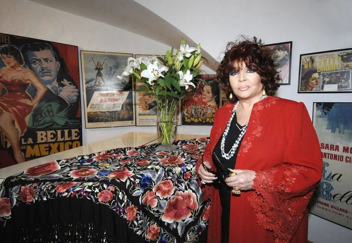 La actriz y cantante Sara Montiel, que falleció hoy a los 85 años de edad en la capital de España. (EFE/Archivo)