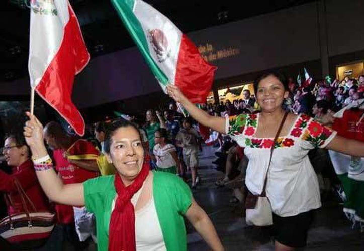 En 2014 se atendieron más de 80 mil mexicanos que tuvieron oportunidad de participar en más de mil talleres, conferencias y actos realizados con la colaboración de 506 socios locales. (Archivo/Agencias)