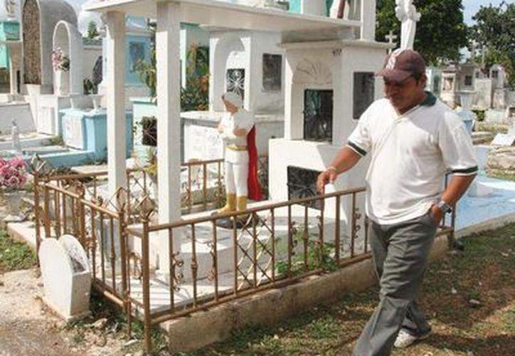Los familiares de Oleksandr Batychko tendrán que visitarlo en Mérida: su cuerpo fue enterrado aquí. (Archivo/SIPSE)