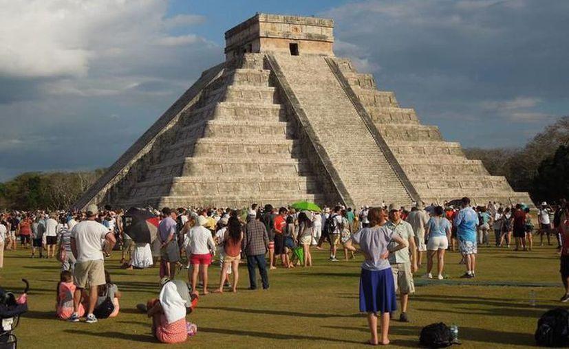 La mayoría de los visitantes de Chichén Itzá son extranjeros. (Redacción/SIPSE)