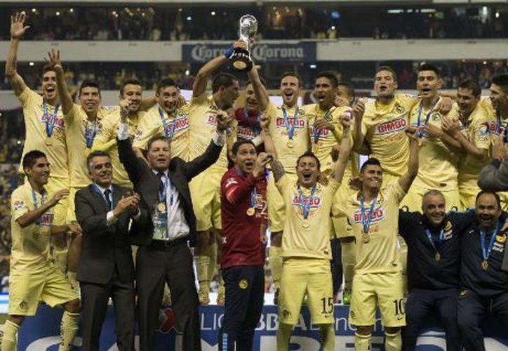 Se convirtieron en el equipo que más veces ha ganado este torneo con siete campeonatos. (Univisión)