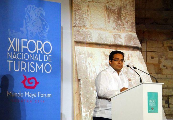 Saúl Ancona Salazar destacó las ventajas turísticas del Mundo Maya. (Juan Albornoz/SIPSE)