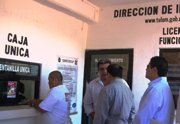 El ayuntamiento de Tulum ofrece descuentos a quienes adeuden el impuesto predial, para reducir la cartera vencida. (Rossy López/SIPSE)