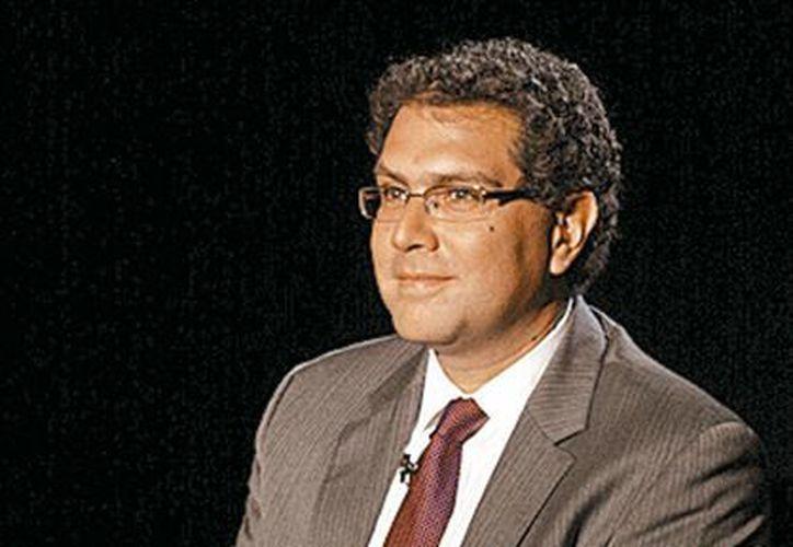 Armando Ríos Piter es el senador del PRD que pidió 10 años de cárcel a quien especule con el limón, huevo y tortilla. (Gonzalo Ortuño/Milenio)