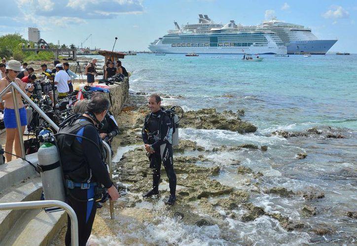 El año pasado el Parque Nacional Arrecifes de Cozumel vendió más de 300 mil brazaletes de ingreso. (Gustavo Villegas/SIPSE)
