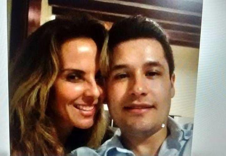La fotografía fue encontrada en uno de los teléfonos olvidados en el lugar del levantón ocurrido en Puerto Vallarta.(Foto tomada de Twitter/@Denise_Maerker)
