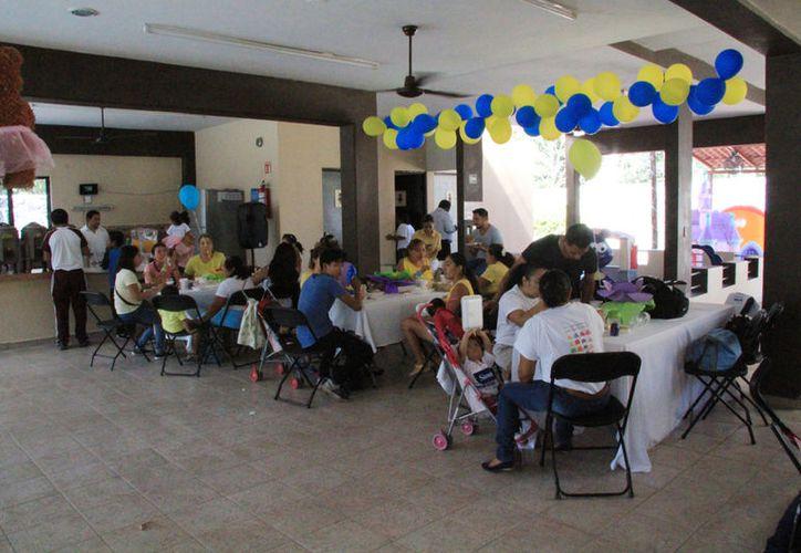 El evento se realizó en el salón de fiestas Bachame. (Luis Soto/SIPSE)