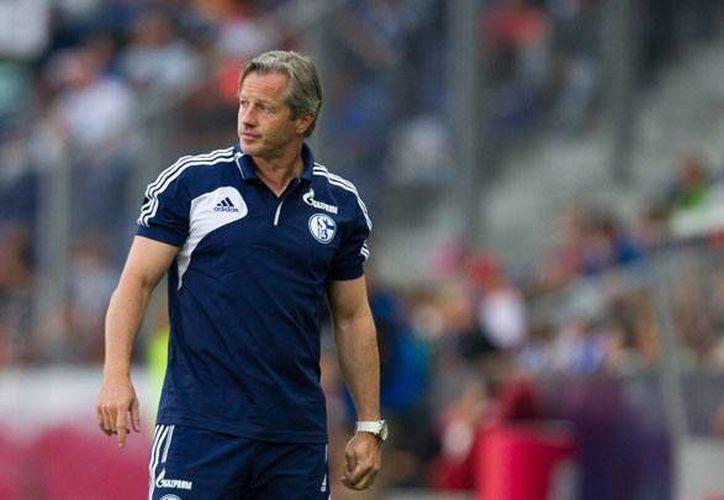 Jens Keller ha tenido altibajos con Schalke 04 desde 2012. Hoy fue despedido. (vavel.com)