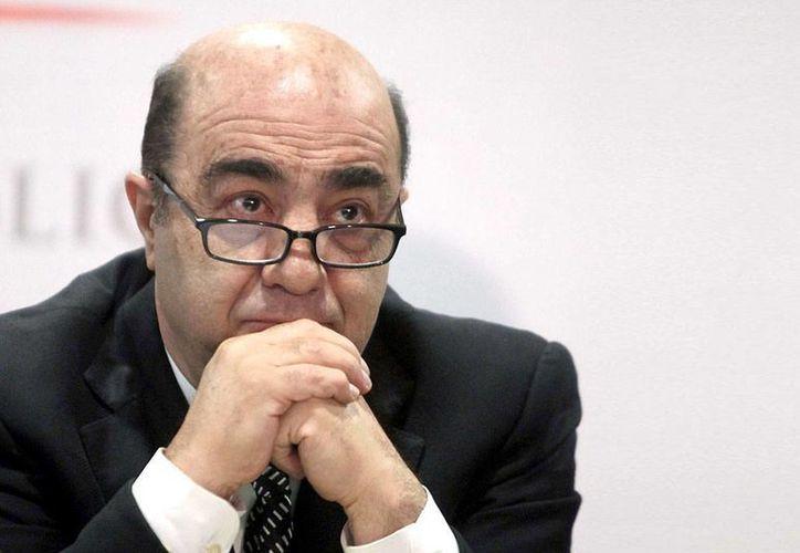 Jesús Murillo Karam asegura que su ejercicio público no tiene relación con los negocios de sus familares. (Archivo/Notimex)