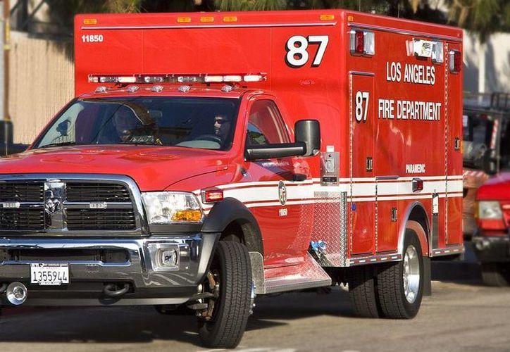 Los bomberos mitigaron el fuego 71 minutos después de arribar al edificio. (Foto de contexto/Internet)