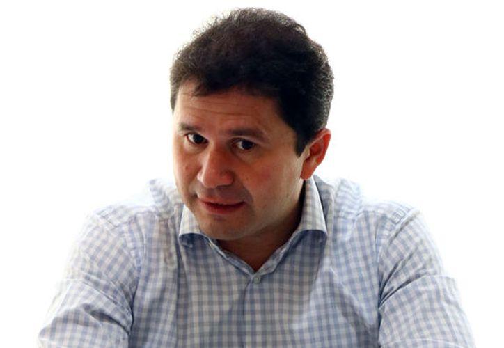 Mauricio Sahuí fue entrevistado en su oficina del fraccionamiento Montecarlo. (Jorge Pallota/SIPSE)