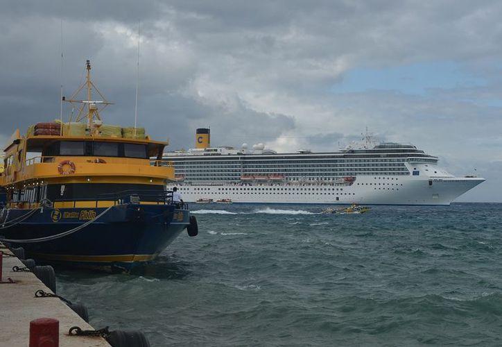 Empresarios importantes como los relacionados con el transporte marítimo estuvieron presentes. (Gustavo Villegas/SIPSE)
