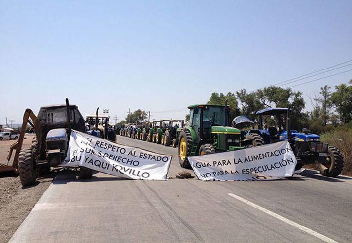 Se realizarán bloqueos de tres horas continuas y durante una hora se desfogará el tráfico de vehículos. (Excelsior.com)