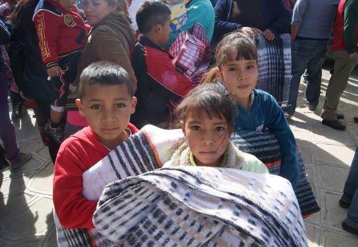 La cruzada incorporará recursos para combatir la pobreza extrema. (Notimex)