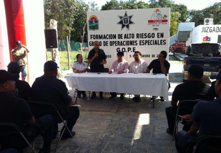 """Imparten el curso de capacitación  policíaco """"Formación de Alto Riesgo en Grupo de Operaciones Especiales"""". (Redacción/SIPSE)"""