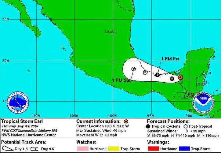 La tormenta tropical Earl, ubicada cerca de la costa de Tabasco, podría ingresar nuevamente a las costas del sur de Veracruz por su trayectoria. (Notimex)