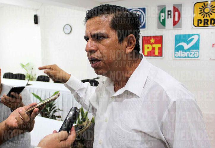 El representante de Morena ante el Ieqroo, señaló que existió una violación a los procedimientos. (Joel Zamora/SIPSE)