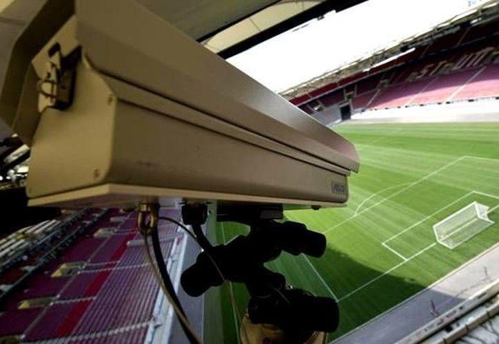 La tecnología será instalada en todos los partidos de la Eurocopa Francia 2016 que inicia el 10 de junio. (EFE)