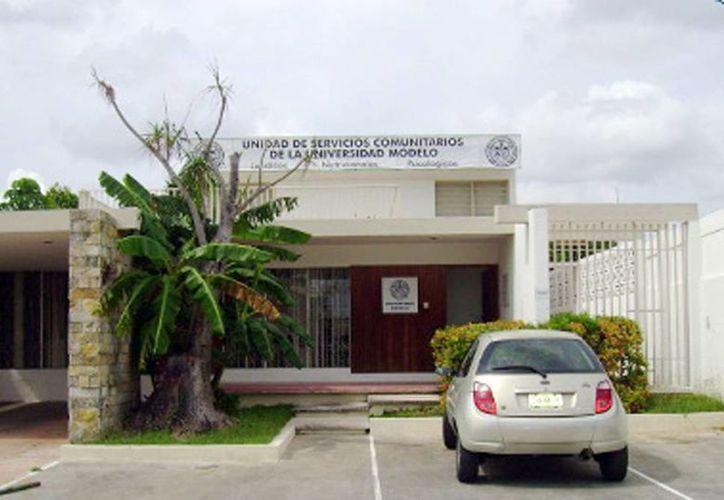 """""""La Casita"""", que empezó a funcionar en  mayo de 2003, está ubicada en calle 18 # 179 x 7 y 9, Colonia García Ginerés. (Milenio Novedades)"""