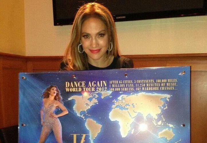 La actriz, que prepara su World Tour 2013, desde hace rato buscaba una residencia de descanso en Long Island. (@JLo)
