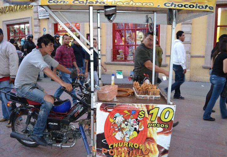 El 29.2% de los mexicanos laboran en el sector informal. (Notimex)