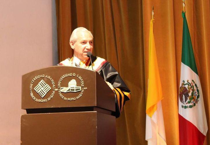 Miguel Pérez es el quinto rector de la Universidad Anáhuac Mayab. Este jueves tomó el cargo. (Fotos: SIPSE)