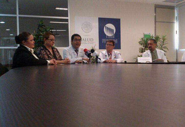 Imagen de la conferencia de prensa donde anunciaron los diferentes eventos por el VIII aniversario del Hospital Regional de Alta Especialidad. (José Salazar/Milenio Novedades)