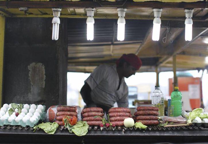 La gastronomía argentina es famosa por sus embutidos. (EFE)