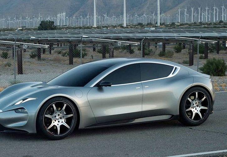 El coche eléctrico es capaz de alcanzar los 260 kilómetros por hora. (Foto: Engadget)