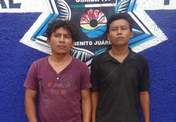 Fueron captados en el acto por los elementos policíacos. (Redacción/SIPSE)
