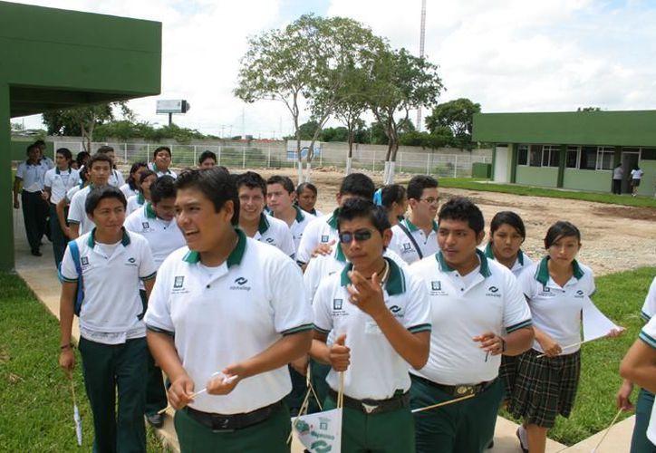 Se busca que los jóvenes salgan con mayor experiencia.(Foto: Novedades Yucatán)