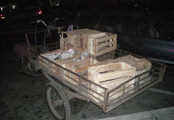 Circulan por las calles  en busca de qué comprar. (emrobh.blogspot.com)