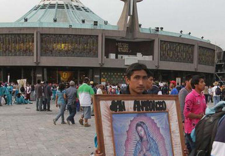 La basílica de Guadalupe recibe miles de fieles para las fiestas de la Virgen. (Notimex)