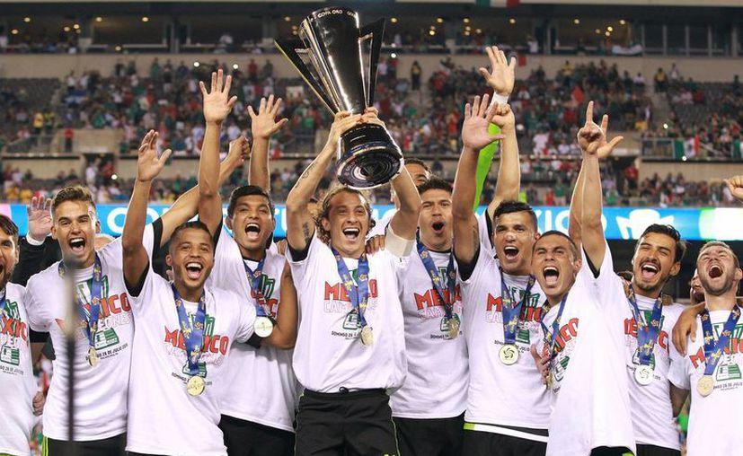 La selección mexicana de futbol obtuvo la Copa Oro 2015, al vencer 3-1 a Jamaica este domingo. (Notimex)