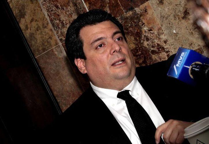 Mauricio Sulaimán: Vamos a traer a México (desde Pakistán) a tres boxeadores y un entrenador por tres meses para trabajar y quizá debutarlos en México. (Notimex)