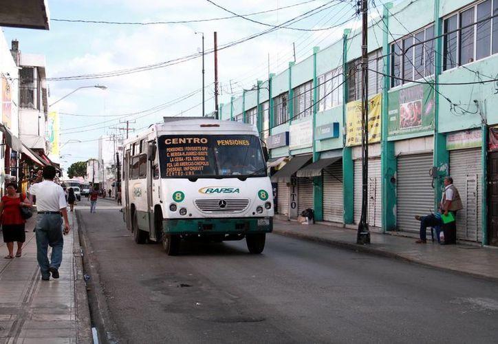 Las autoridades municipales indican que las afectaciones por los trabajos de reparación del Centro Histórico han sido menores. Para esta semana se ordenó el traslado temporal de paraderos de algunas rutas de transporte público. (Milenio Novedades)