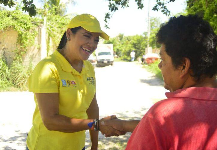 """Karla Romero: """"Estoy como muchos de ustedes, cansada de lo que le han hecho a Cancún"""". (Twitter)"""