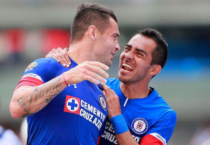 Milton Caraglio del Cruz Azul en festejo despues de anotar el segundo gol de su equipo. (JamMedia)