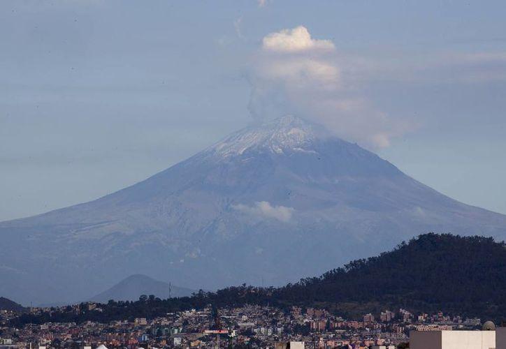 El semáforo de alerta por el  volcán Popocatépetl continúa en Amarillo Fase Dos. (Notimex)