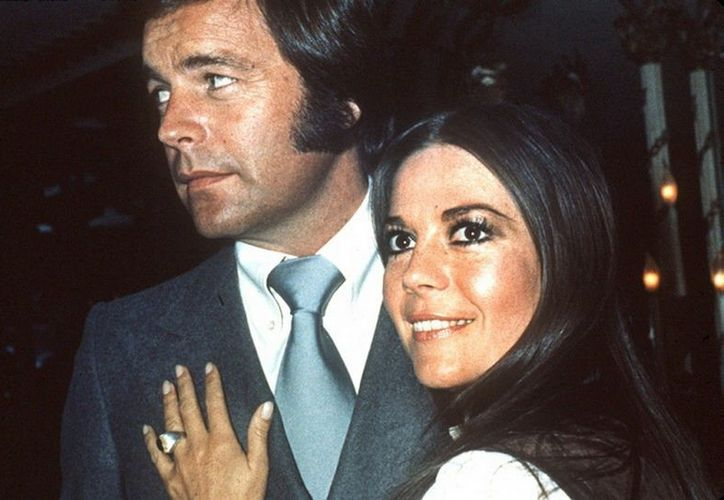Wood murió a los 43 años el fin de semana del día de Acción de Gracias de 1981, cuando viajaba en un yate con su esposo, el actor Robert Wagner. (Agencias)