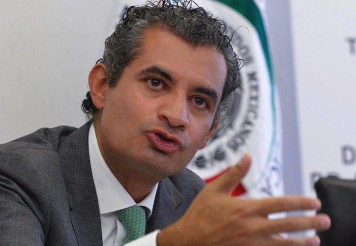 El presidente del PRI, Enrique Ochoa Reza, pidió a AMLO entrar a retopri.com y debatir. (Twitter/Enrique Ochoa Reza)