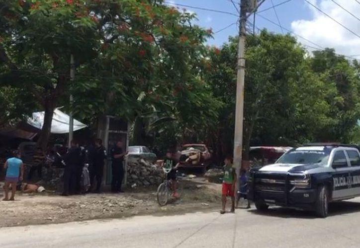 Autoridades municipales llegaron a la zona para realizar las investigaciones correspondientes. (Luis Hernández/ SIPSE)