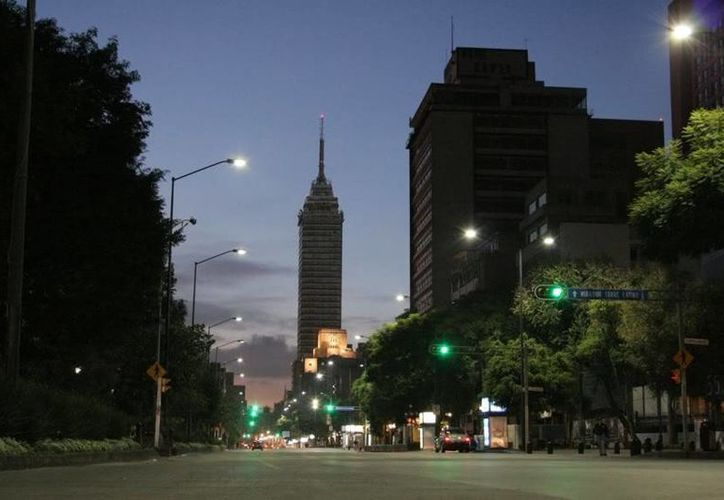 La Avenida Juárez del Distrito Federal resurgió en los últimos años gracias a nuevas construcciones. (skyscraperlife.com)
