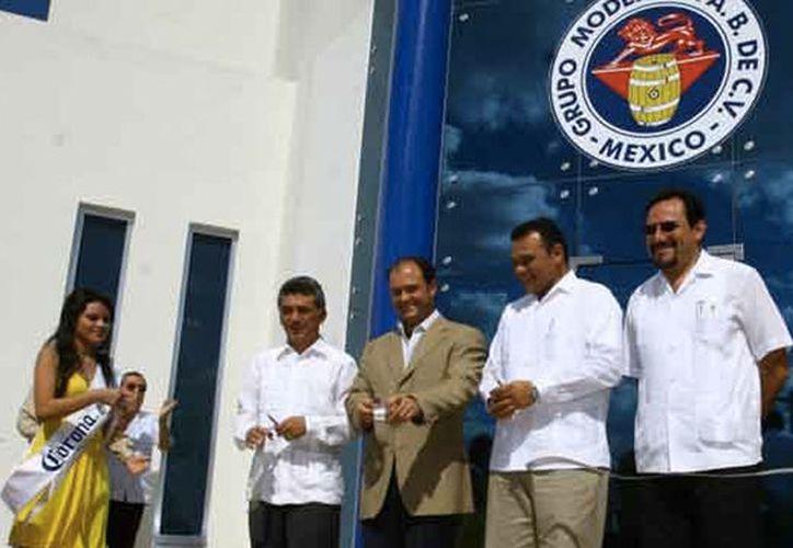 El Puerto de Progreso será el punto de salida de la mercancía de la cervecería Modelo, a diferentes partes del mundo. (SIPSE)