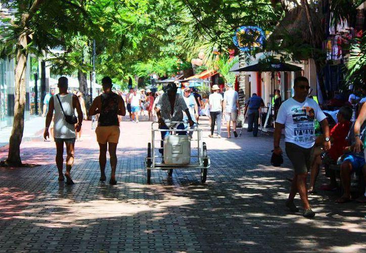 Atribuyen el crecimiento del ambulantaje a las carencias económicas. (Archivo/SIPSE)
