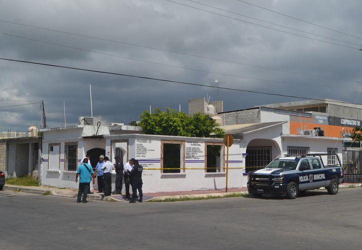 El robo al consultorio médico ocurrió durante la noche del sábado o domingo, ya que fue descubierto hasta la mañana del lunes. (Foto: Redación/SIPSE)