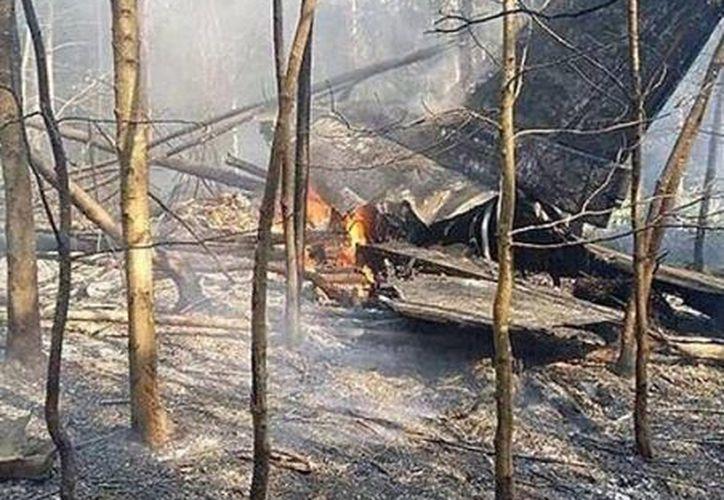 Imagen del accidente del avión caza F-16 de EU en Alemania. (larazonsanluis.com)