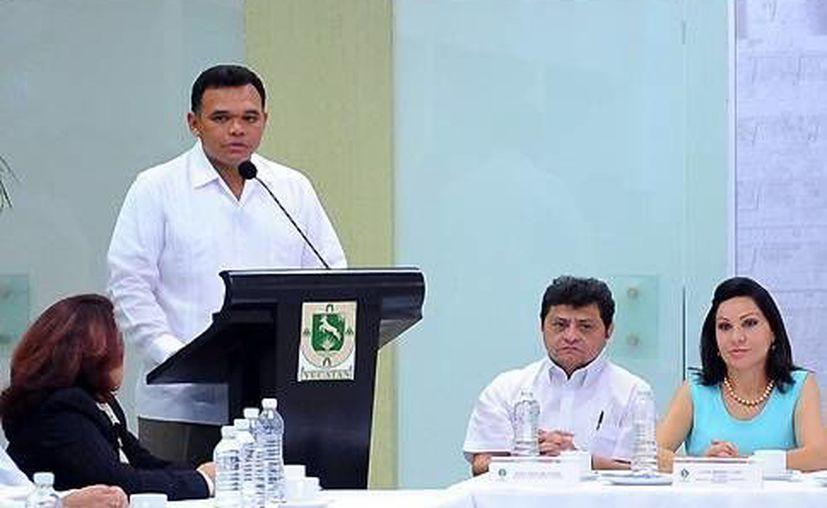 Rolando Zapata Bello confió en que todos los pescadores respeten los tiempos de veda del mero. (SIPSE)