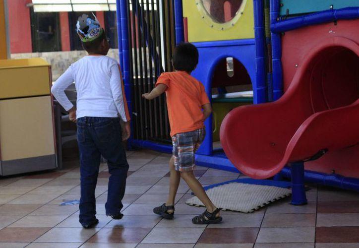 Los niños que padecen este transtorno acuden al CAM para  estudiar. (Harold Alcocer/SIPSE)