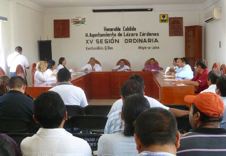 Indican que no hubo presión de parte de la Comuna para que el ahora ex alcalde solicite licencia indefinida. (Raúl Balam/SIPSE)